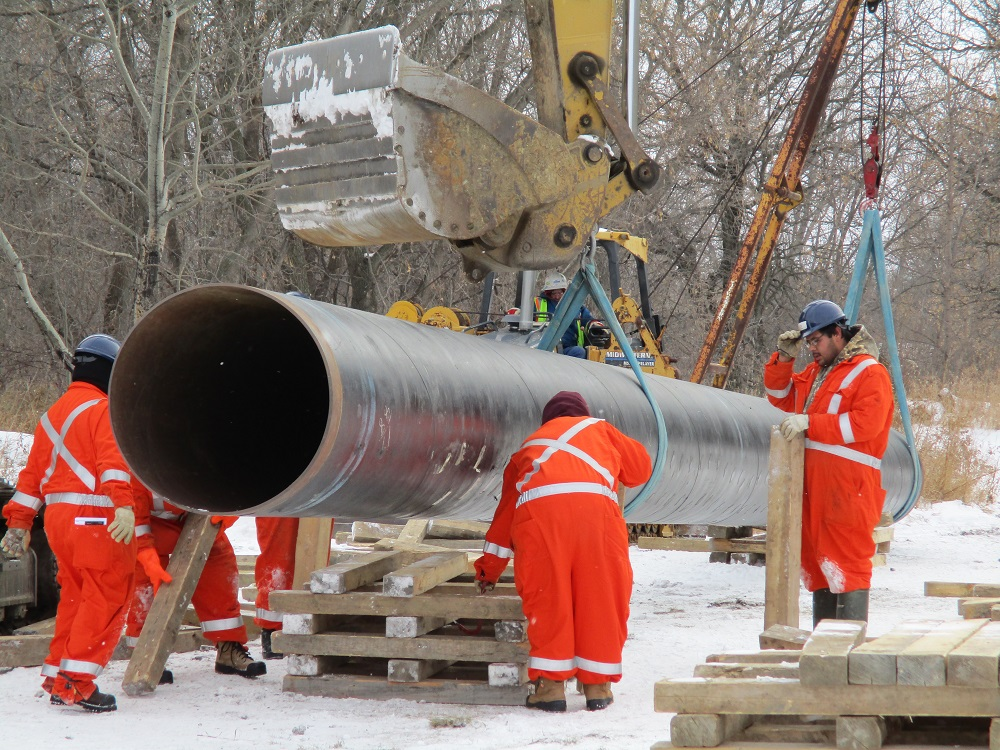 Pipeline training for workers